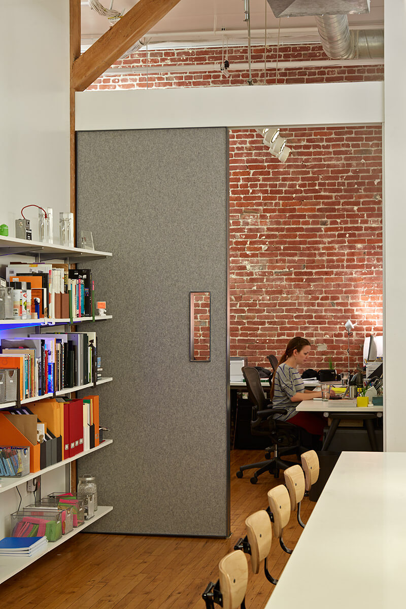studio vara workplace odopod office bookshelves workspace